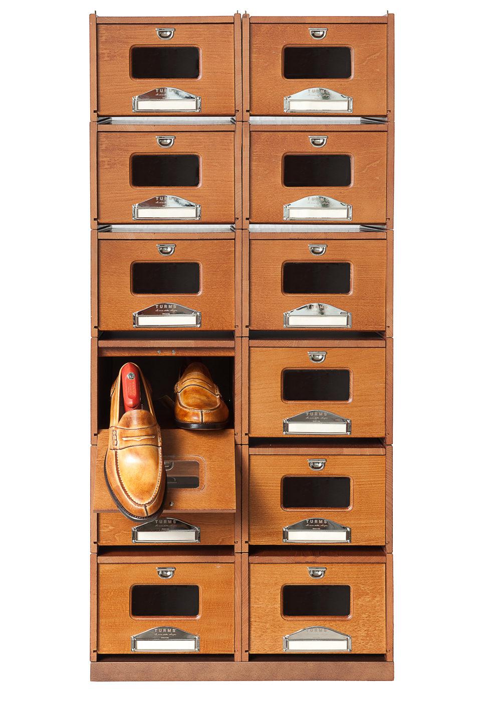 Klädvård - Turms Shoe Organizer i bokträ