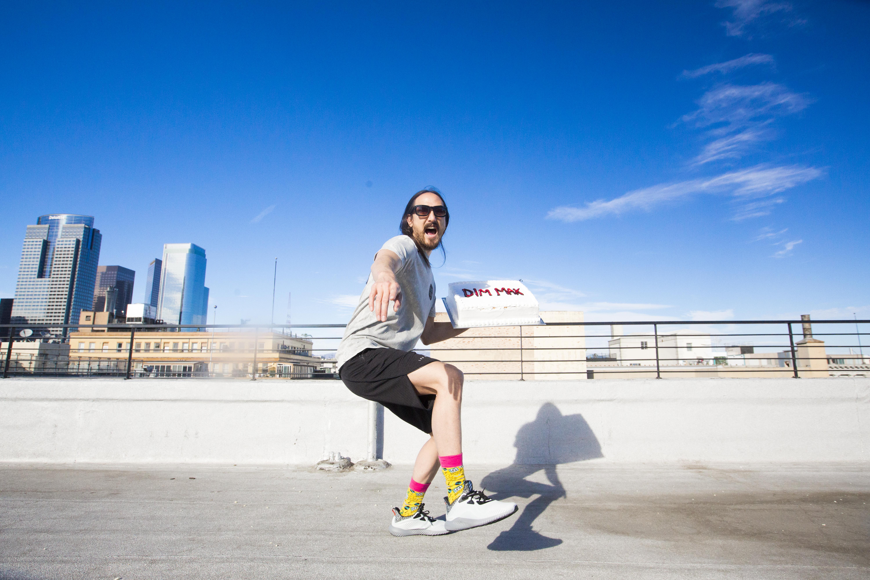 Happy Socks släpper limiterad kollektion med Steve Aoki