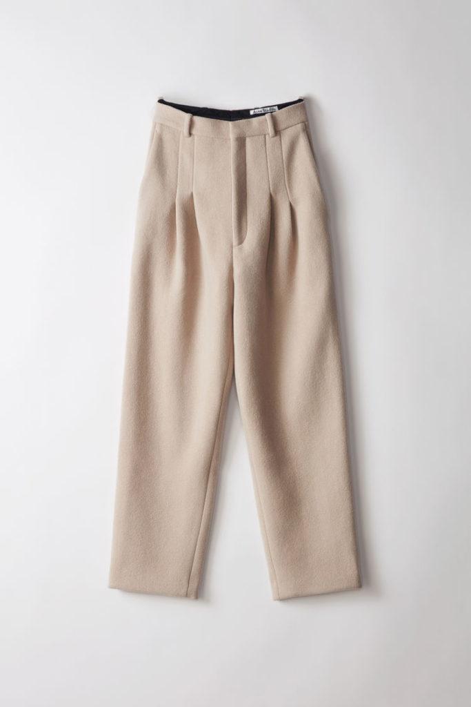 Acne Studios Ariia bouclé almond beieg trousers vida byxor