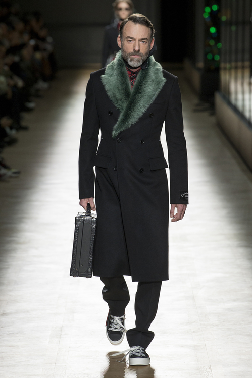 Trendspaning från modeveckorna AW18- Alain Gossuin in the Dior Homme Fal::Winter 2018-2019