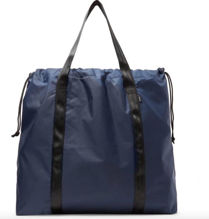 Väska i påsmodell